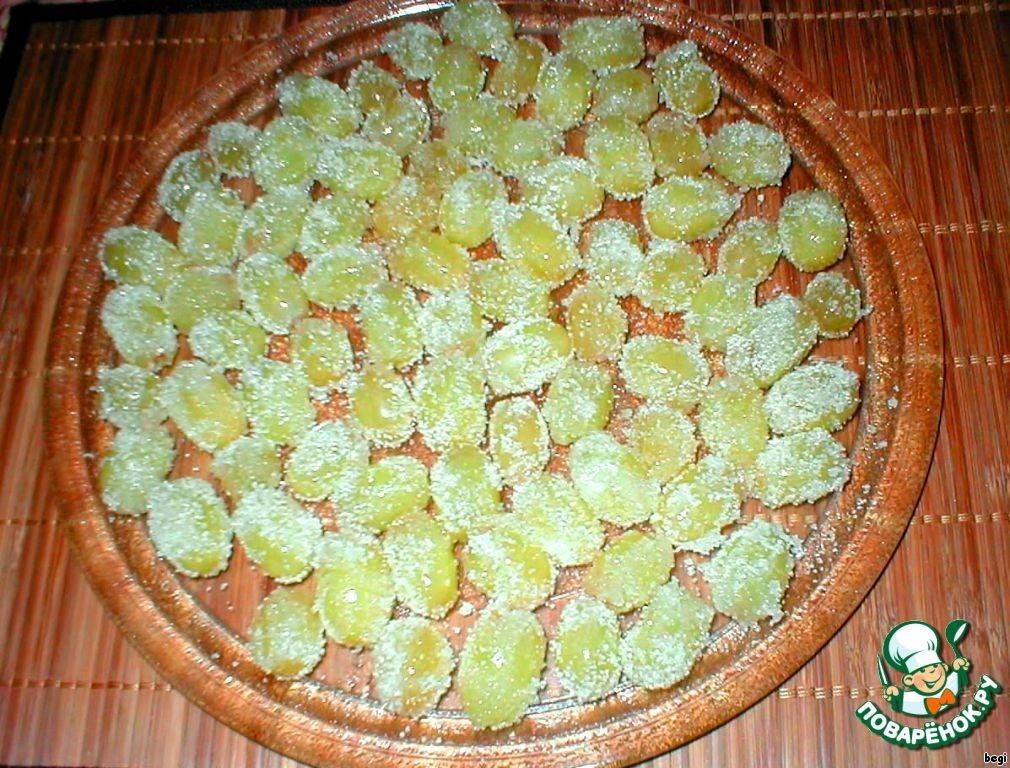 Виноград в инее