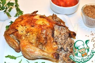 Рецепт: Курица в рукаве, фаршированная гречкой и грибами