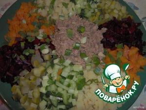 Салат со свеклой и лососем – кулинарный рецепт