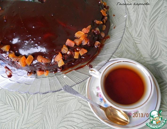 Рецепт: Шоколадный торт с творожными шариками и курагой