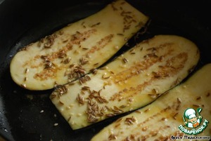 Fry in butter on both sides until Golden brown.  Spread on a napkin to soak up excess oil.  Serve hot.