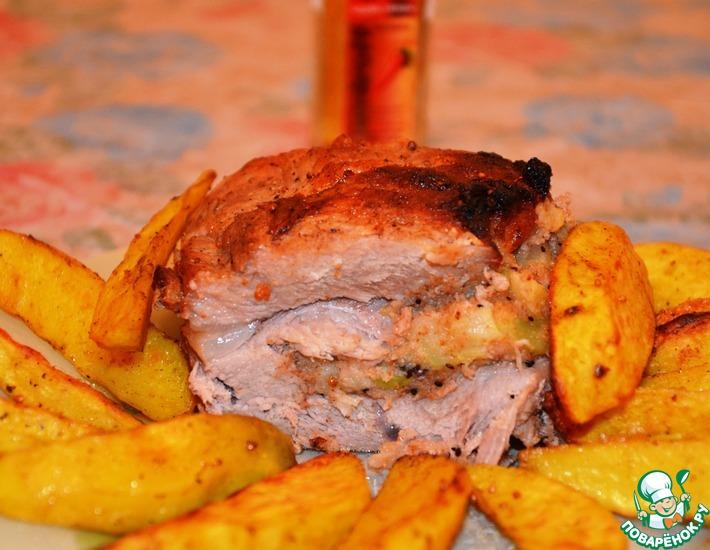 Рецепт: Мясо запеченное с киви и грушами