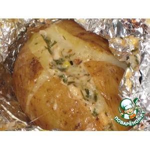 Запеченный картофель «Чесночно-сырный»