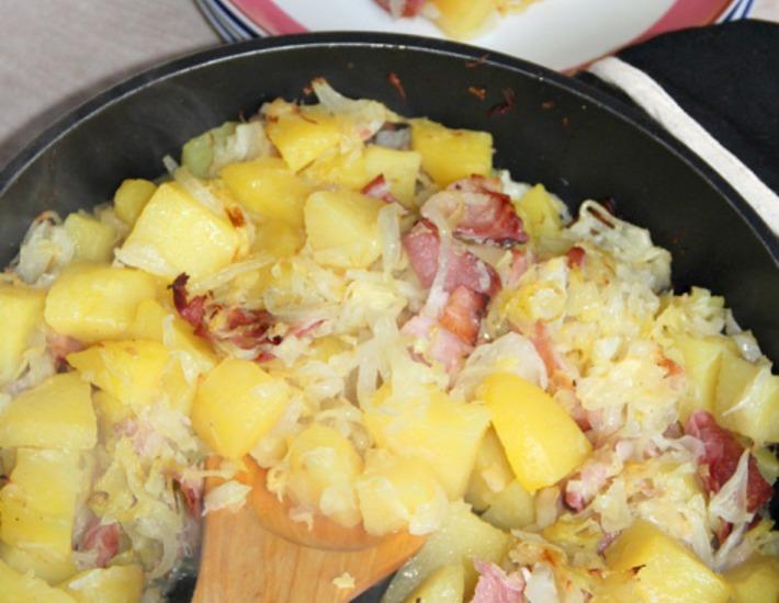 Рецепт: Капустно-картофельная сковорода с ветчиной