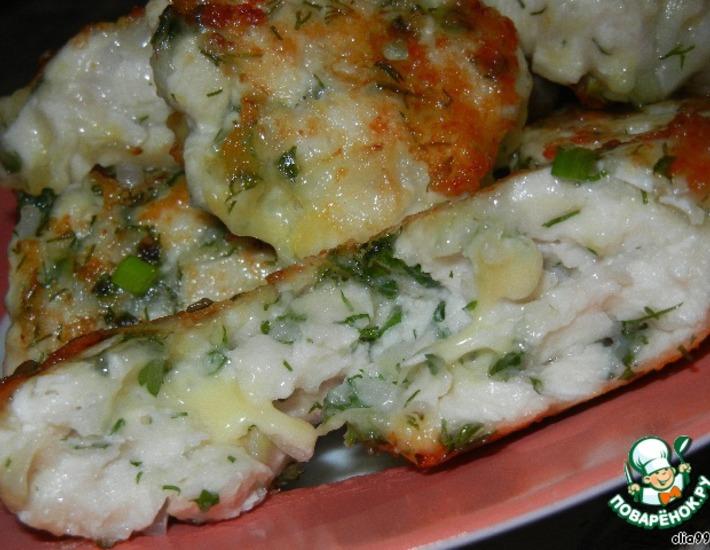 Рецепт: Рубленые куриные котлеты с сыром и зеленью