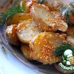 Молодой картофель с кунжутом в сметанном соусе