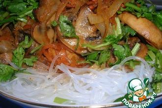 Рецепт: Фунчоза с грибами и овощами