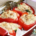 Перец с рисом, куриным филе и творожно-сливочным сыром