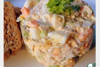 Рецепт: Куриный салат для сэндвичей