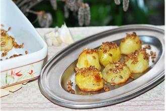 Рецепт: Картофель, запечeнный с семечками Ароматный