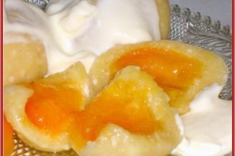 Рецепт: Кнедлики творожные с абрикосами