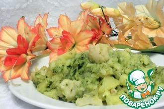 Рецепт: Отварной картофель с брокколи и цветной капустой