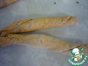 Томатный хлеб с чесноком, сыром и зеленью – кулинарный рецепт