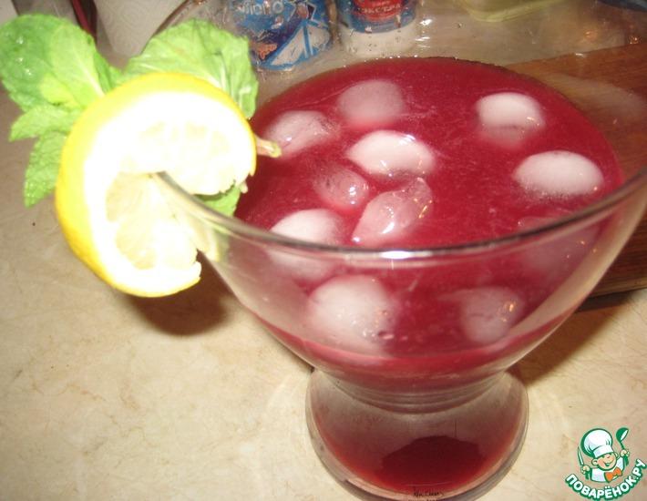 Рецепт: Лимонад с гранатом (по мотивам Дж. Оливера)