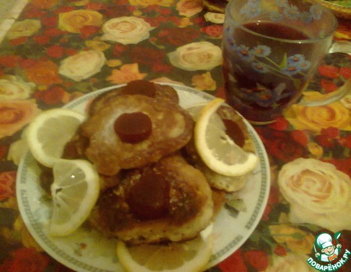 Рецепт: Бананово-лимонные оладушки на воде