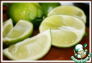 3. Squeeze the juice of 4 limes.