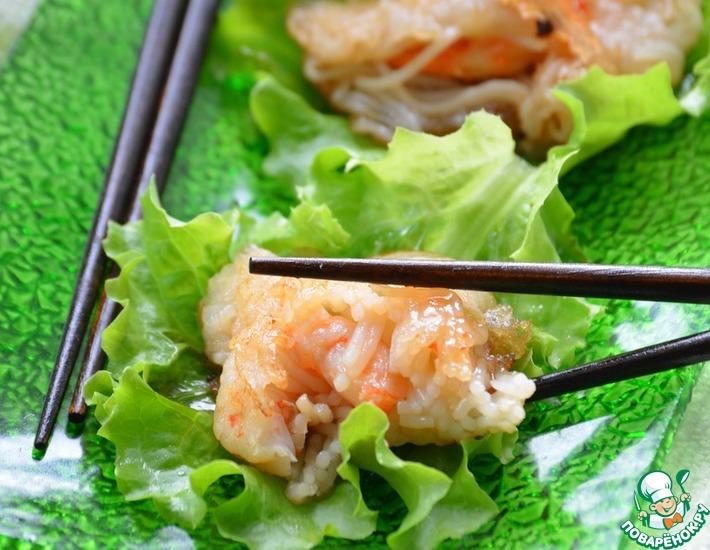 Рецепт: Жареные креветки в рисовой лапше