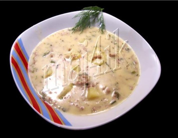 Рецепт: Суп сливочно-сырный с фаршем Объеденье