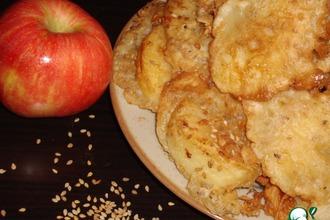 Рецепт: Пирожки с яблоками и кунжутом по-китайски