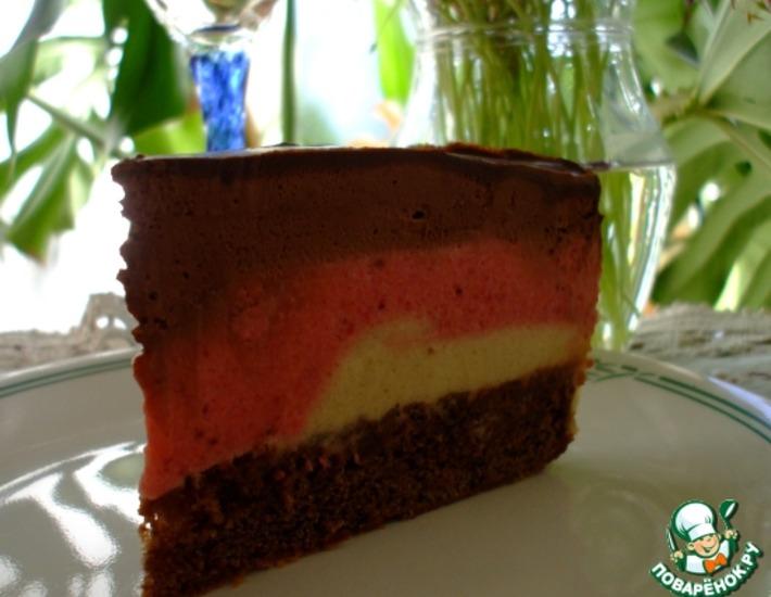 Рецепт: Торт Клубнично-бананово-шоколадный мусс