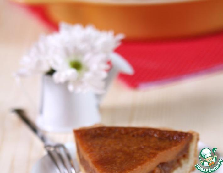 Рецепт: Пирог с яблоками и вареной сгущенкой