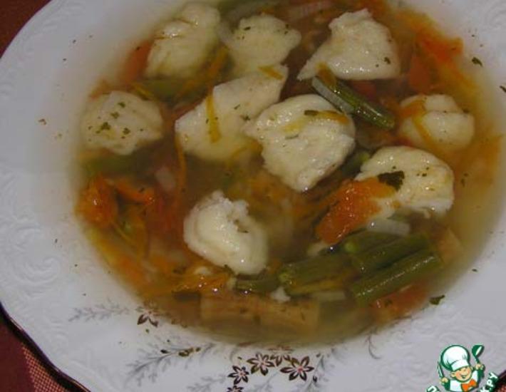 Рецепт: Фасолевый суп с сырными клецками