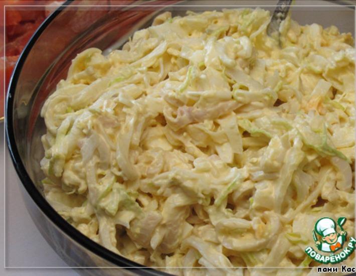 Рецепт: Салат с кальмарами Угадай-ка