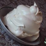 Меренговый крем с карамелью и кофе