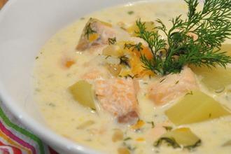 Рецепт: Сырный рыбный суп