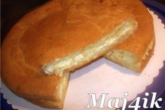 Рецепт: Сырный заливной пирог Лентяйка