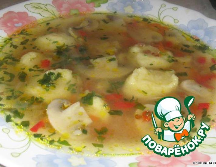 Рецепт: Гречневый суп с грибами и картофельными клецками