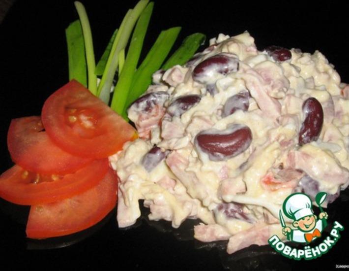 Рецепт: Пикантный салат с фасолью
