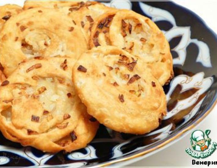 Рецепт: Узбекские луковые лепeшки