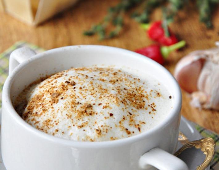 Рецепт: Суп-капучино из белых грибов и шампиньонов