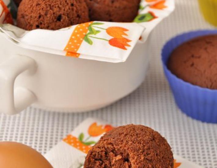Рецепт: Шоколадные кексы «Пасхальные яйца» в яичной скорлупе