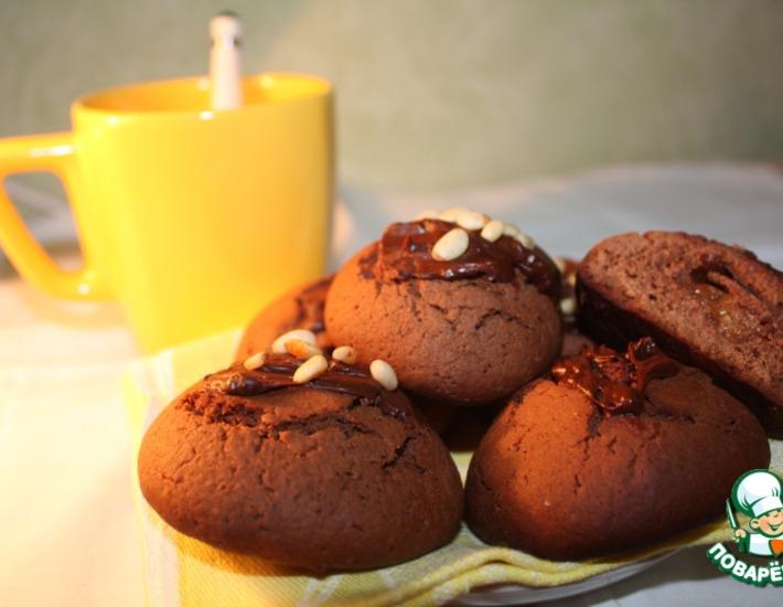 Рецепт: Шоколадное печенье с начинкой