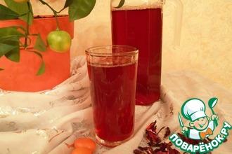 Рецепт: Холодный чай «Каркаде с кумкватом и имбирем»