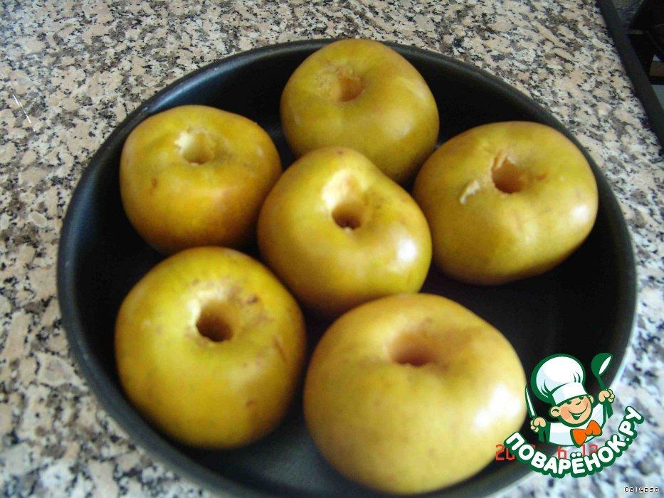 Яблоки печеные с зеленым чаем