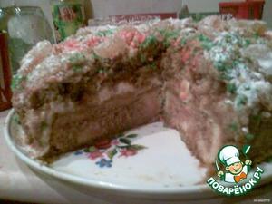 Дочки мои не выдержали, разрезали торт.Опять наелись на ночь глядя!   Очень вкусно я вам скажу! Честное слово!