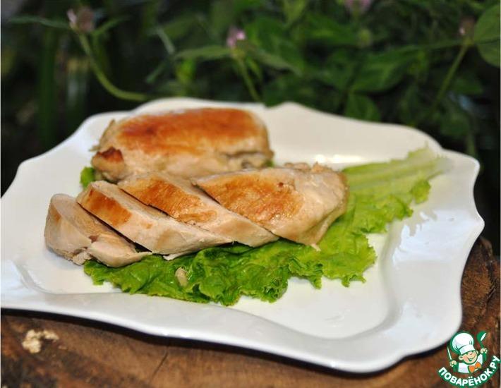 Рецепт: Куриные грудки-гриль в маринаде По-приморски