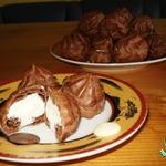 Шоколадные эклеры Черное-белое
