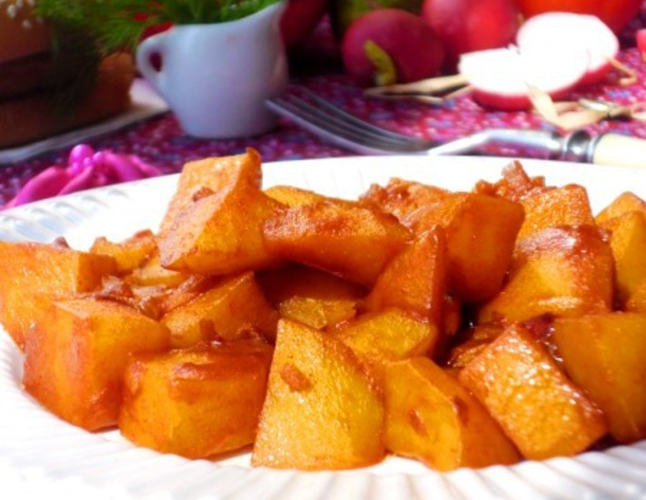 Рецепт: Гуляш из картофеля