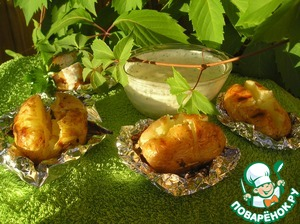 Baked potatoes with cottage cheese