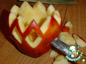 Подсвечник из яблока – кулинарный рецепт