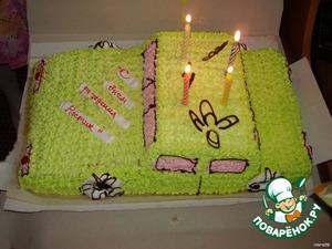 Если позволяет время, то можете украсить цветным кремом с помощью шприца. Это торт, который мы пекли племяннику на 4 года.