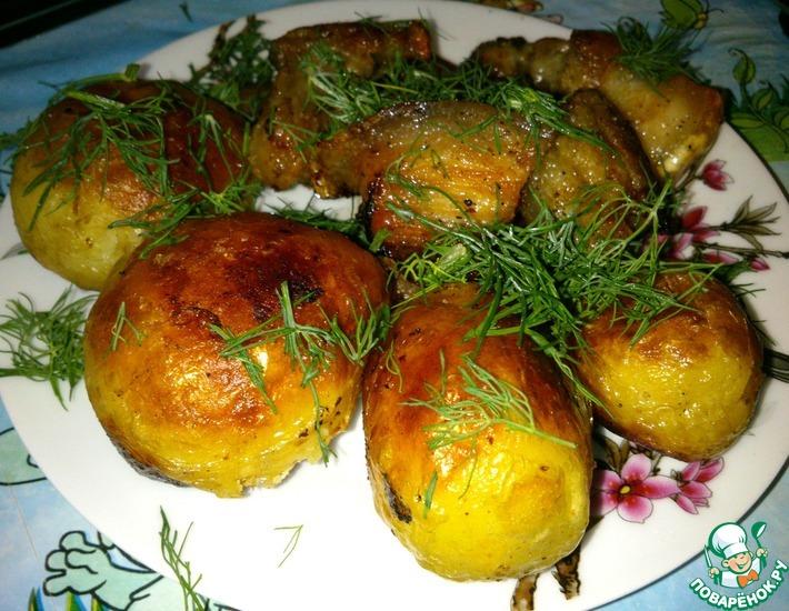 Рецепт: Жареный молодой картофель со свининой