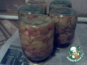 Консервировнные помидоры с яблочным соком – кулинарный рецепт