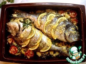 Готово! Рыбка получается очень ароматной и нежной, картофель сочный с хрустящей корочкой расплавленного сыра, а запах на кухне стоит просто неимоверный!