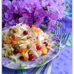 Витаминный салат под клюквой