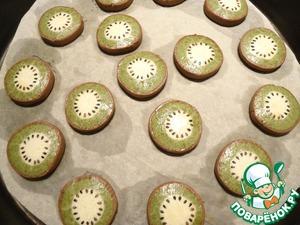 Выпекаем печенье при температуре 180 градусов примерно 18 минут. Приятного аппетита!